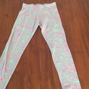 Gray splatter paint leggings